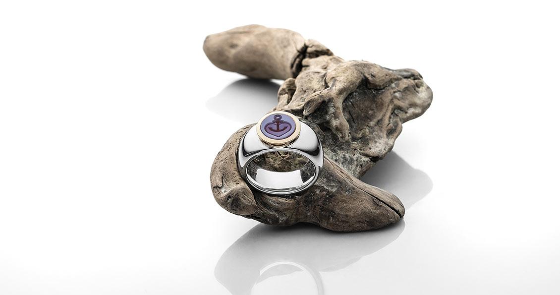 Ring in 925 Silber mit 750 Roségold und Lagenstein mit Gravur